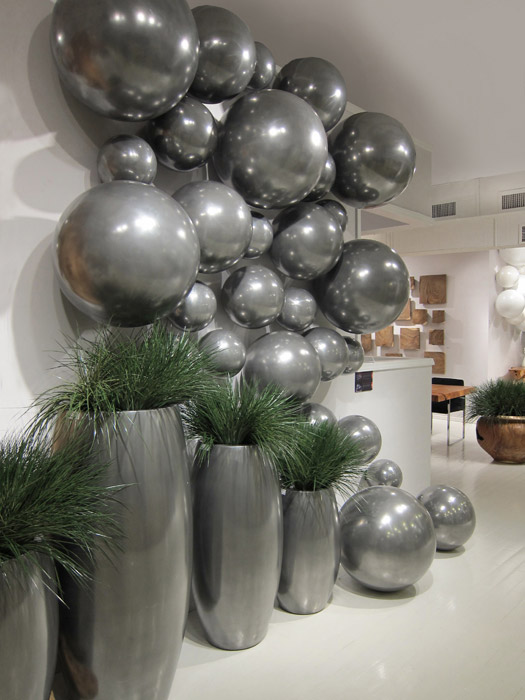 Ball On The Wall Polished Aluminum MD