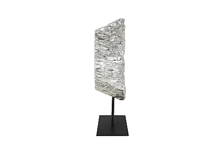 Cast Eroded Wood Circle on Stand Silver Leaf, assorted